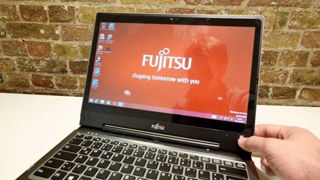 Fujitsu-LIFEBOOK-T935-Ultrabook2
